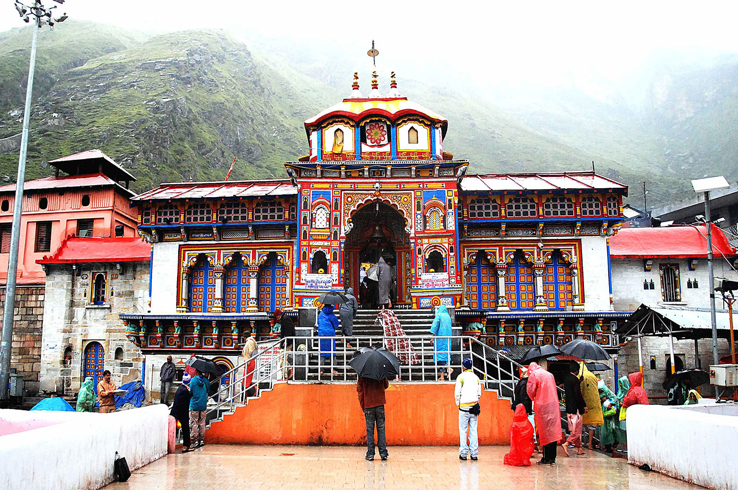 Badrinath Yatra packages